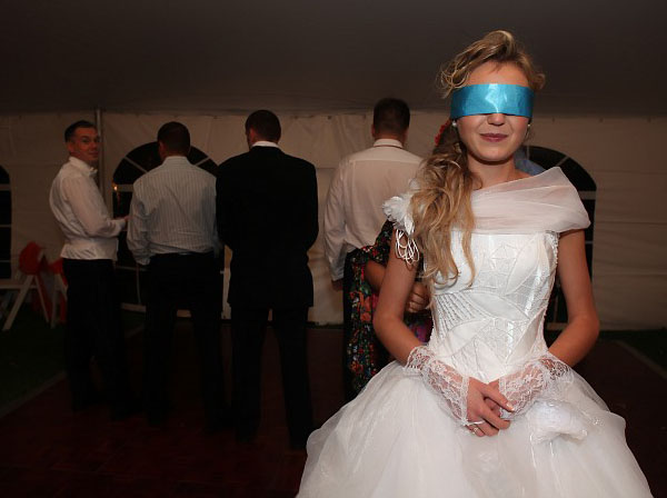Snuggle S Blog Kim Kardashian Wedding Pictures Take A Look